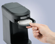 Load image into Gallery viewer, 1 Cup Pod Coffeemaker-Black