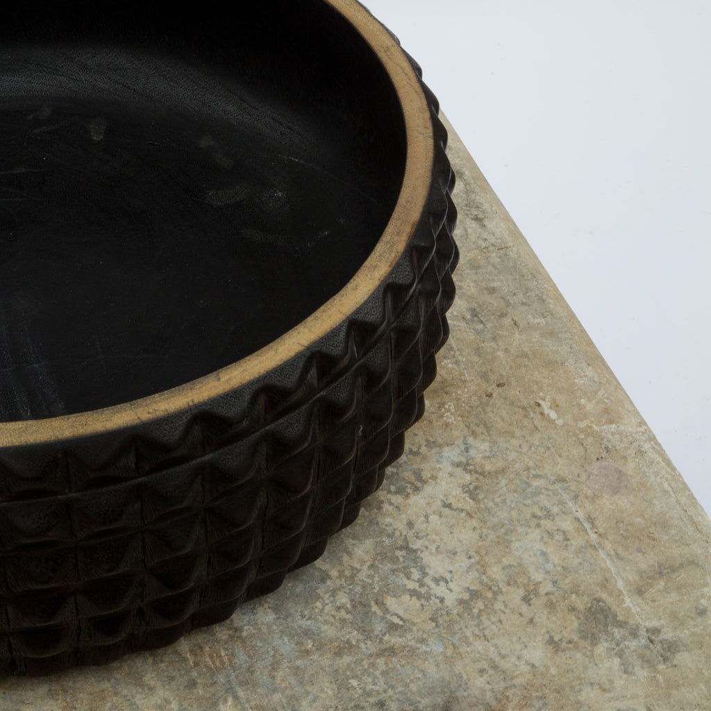 Balinese Black Saur Wood Handcarved Bowl
