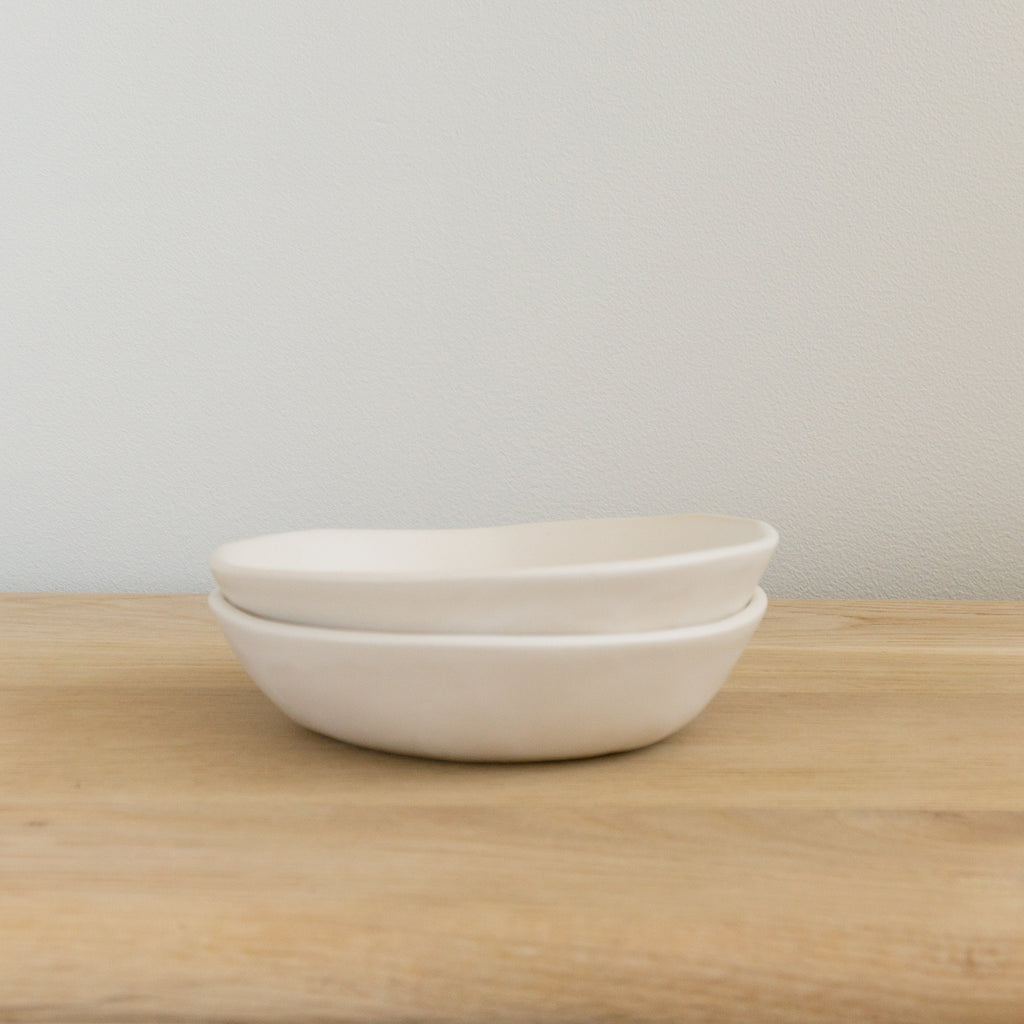 "Alex Marshall 6"" Low Bowl - Matte White"