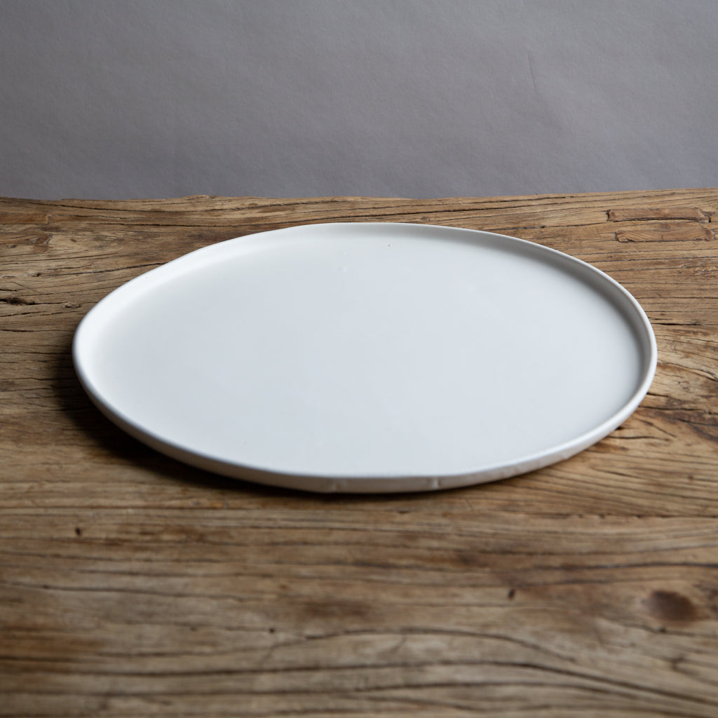 "Alex Marshall 13"" Round Charger Urban - Matte White"