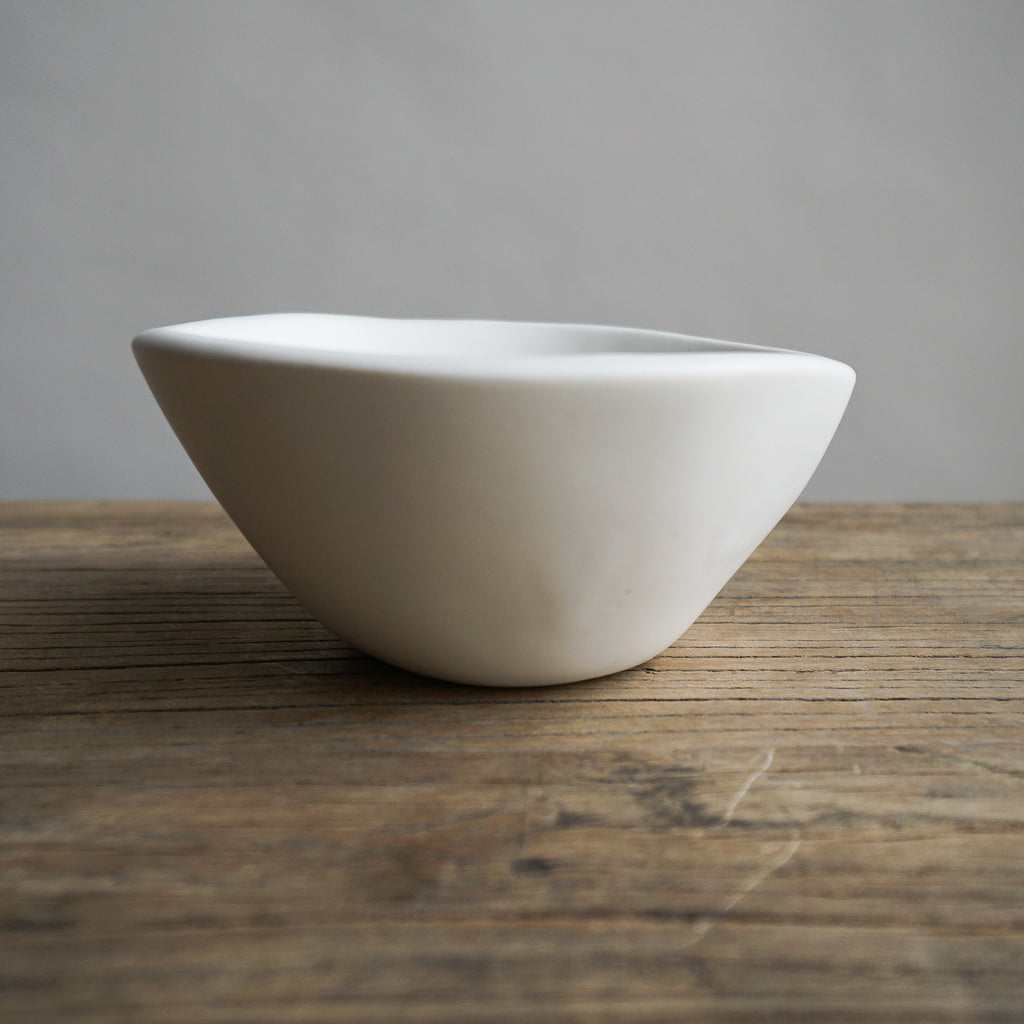 "Alex Marshall 4"" Small Round Bowl - Matte White"