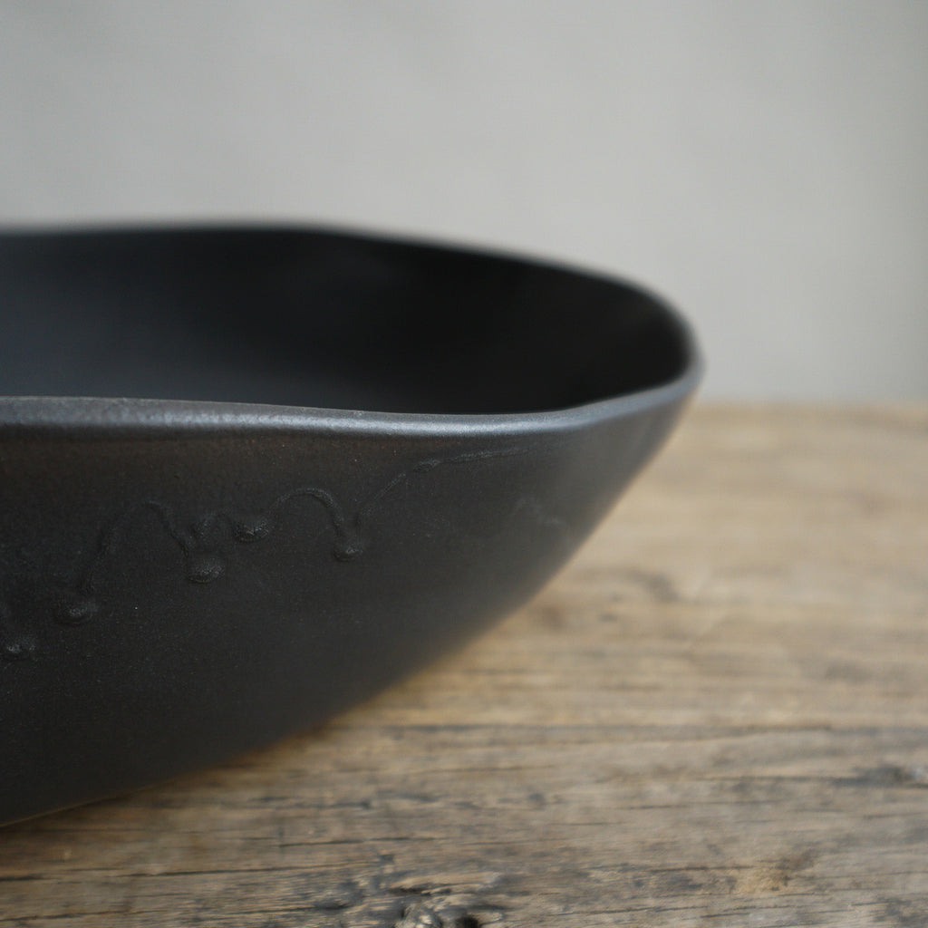 "Alex Marshall 15"" Low Bowl - Charcoal"