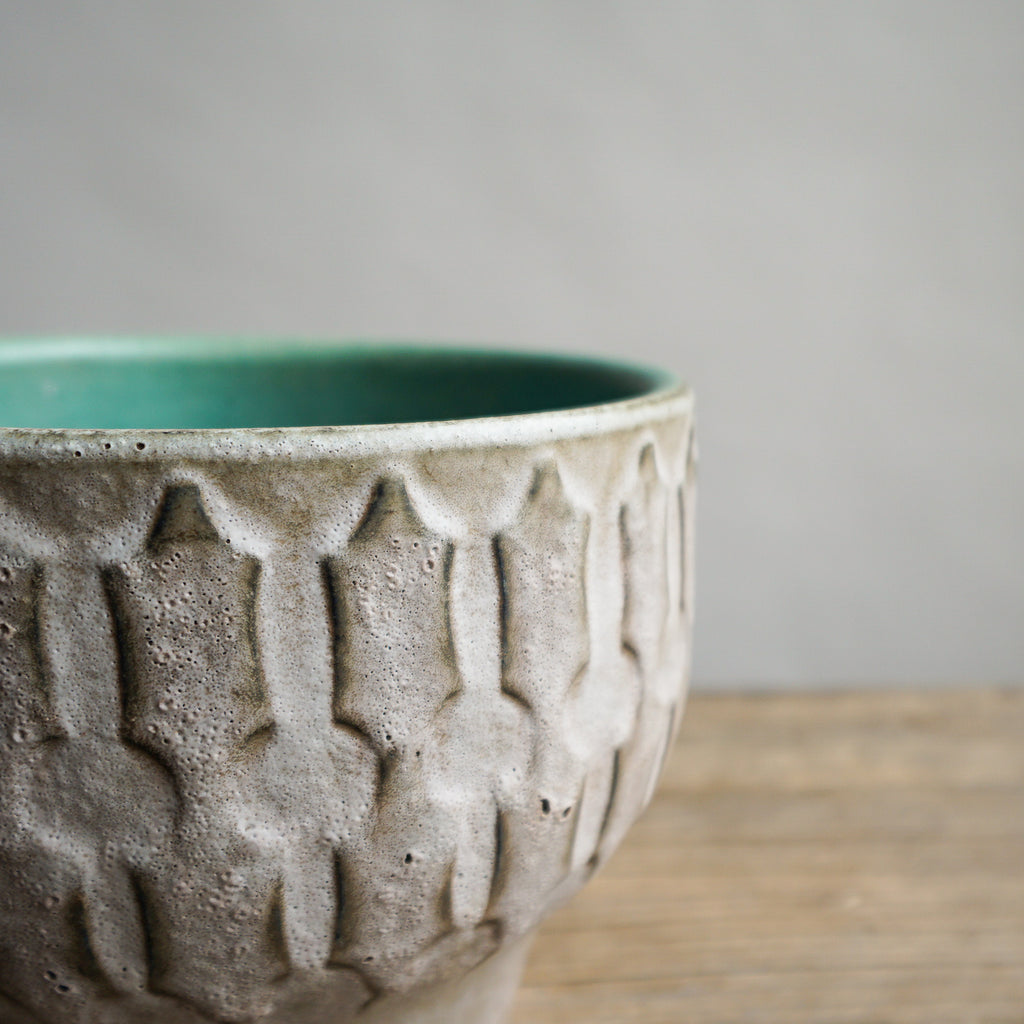 Ceremano White and Turquoise Bowl
