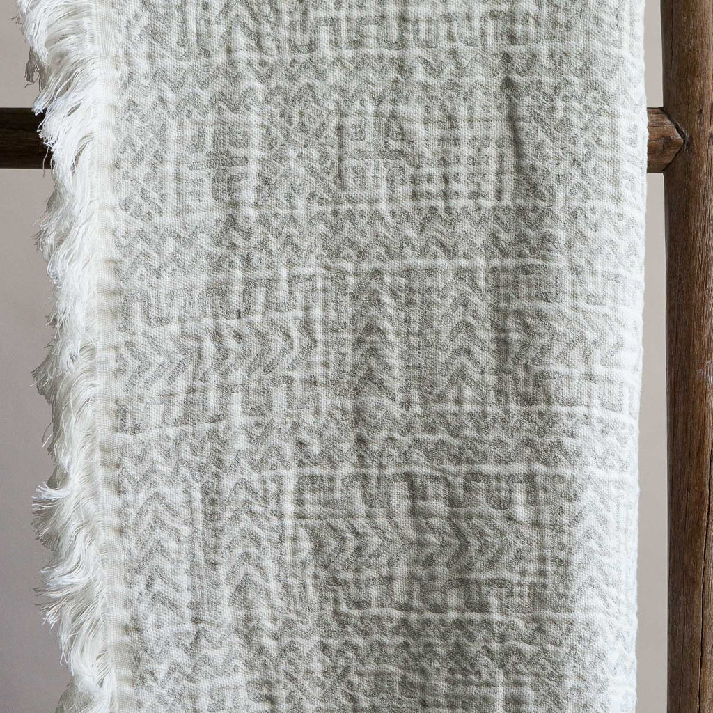 Linen Throw - Akka 15
