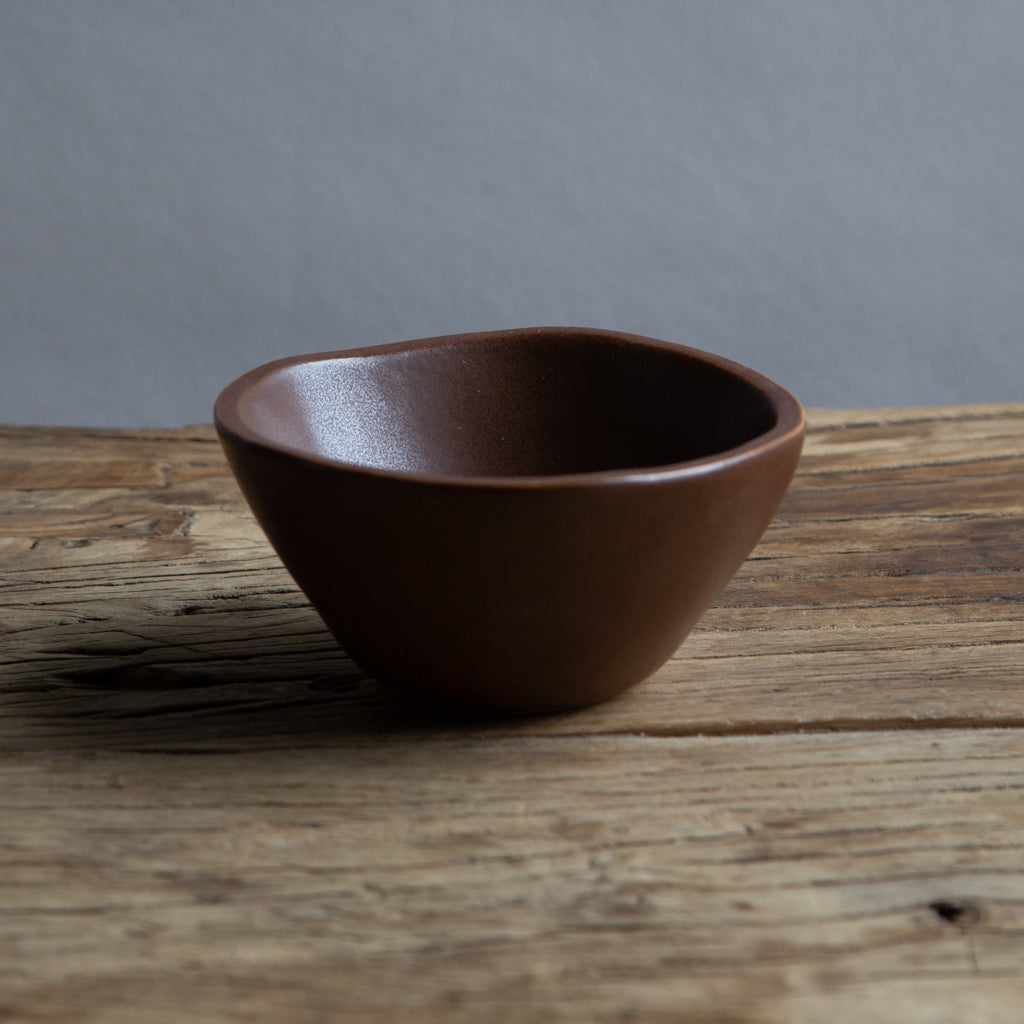 "Alex Marshall 4"" Small Round Bowl - Coffee"