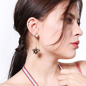 Bee Dangle Hang Earrings