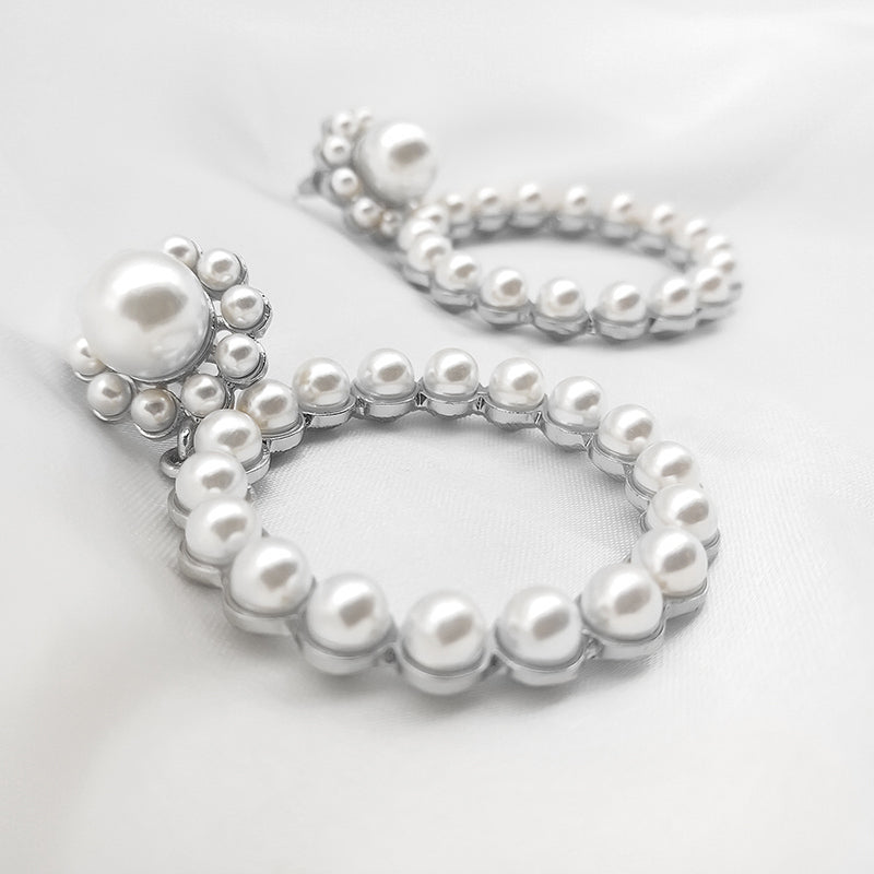 Fashion Pearl Charm Earrings