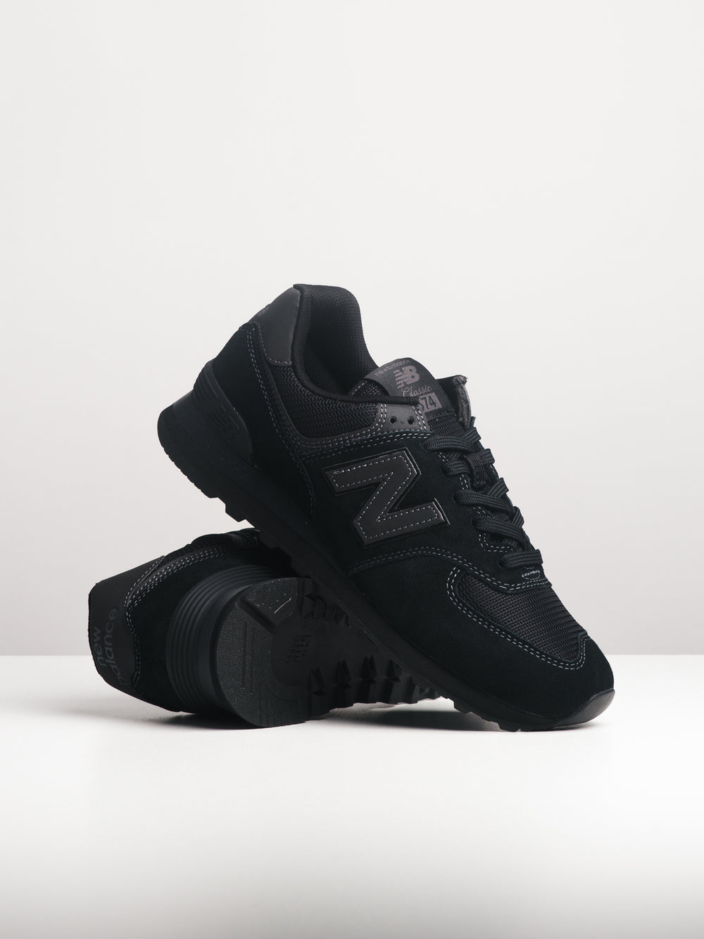 MENS 574 - ALL BLACK
