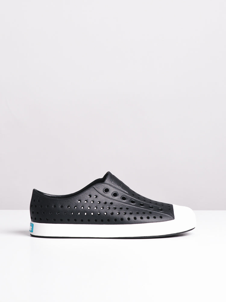 WOMENS JEFFERSON BLACK/WHITE SNEAKERS- CLEARANCE