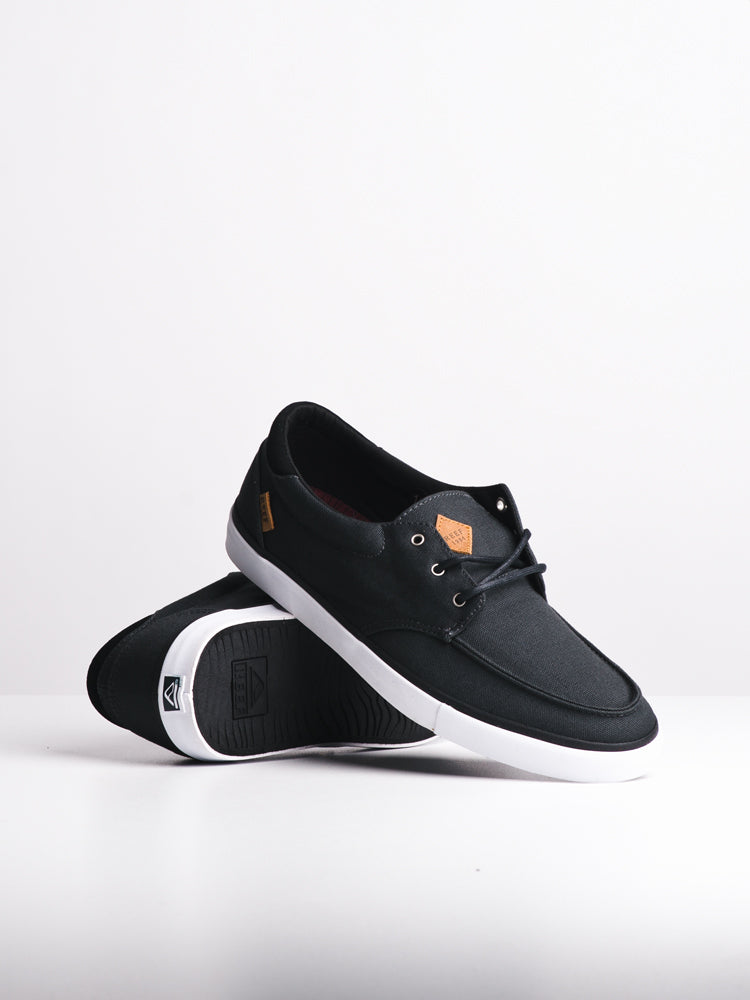 MENS REEF DECKHAND 3 BLACK/WHITE SLIP-ONS- CLEARANCE