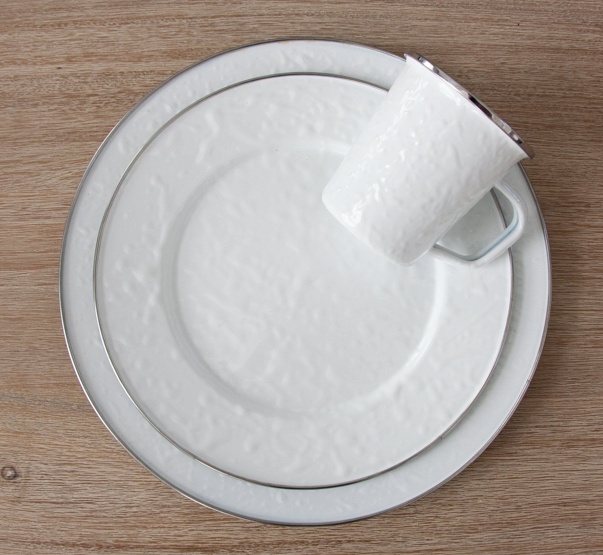 WW06 - Solid White Oval Platter Lifestyle 1