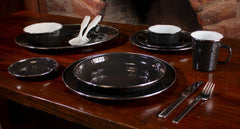 BK07S4 - Set of 1 Solid Black Dinner Plates Lifestyle 1
