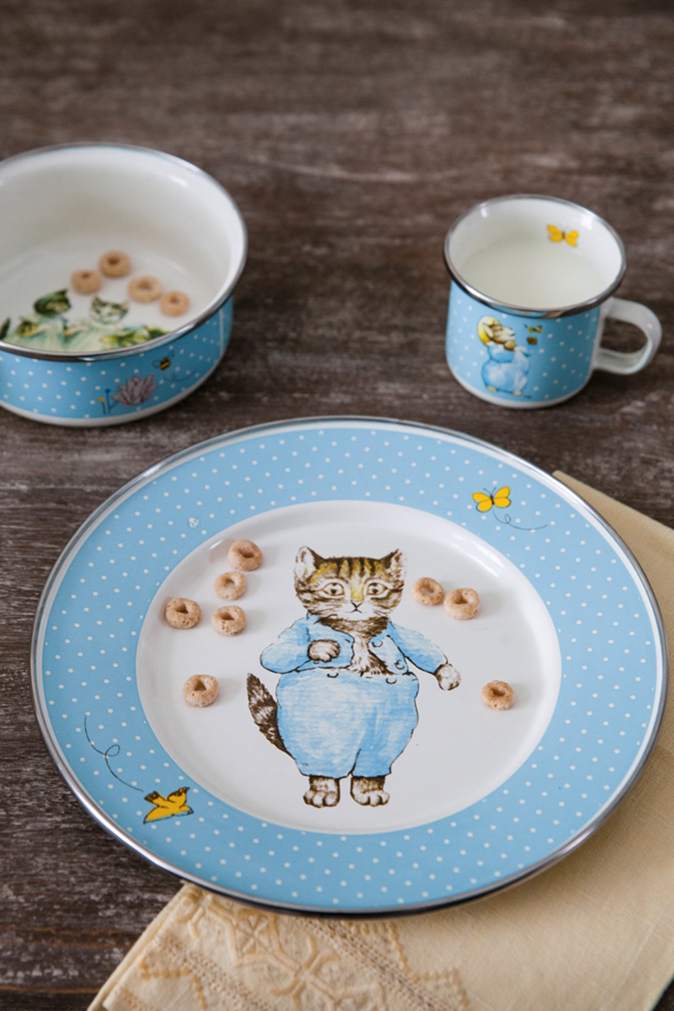 TKM99 - Tom Kitten Child Set Lifestyle 1