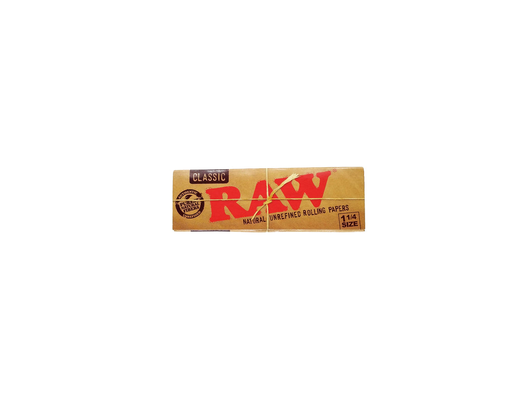 RAW Classic Rolling Papers - 1-1/4 Size