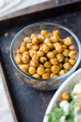 Chickpeas, veggie burger, vegan dish, vegan lifestyle, tasty recipes, natural and vegan skincare.