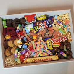 Treat Yourself (Large) - Yummy Box