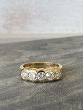 Load image into Gallery viewer, Estate 5 Stone Ring