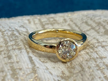 Load image into Gallery viewer, Bezel set diamond solitaire ring