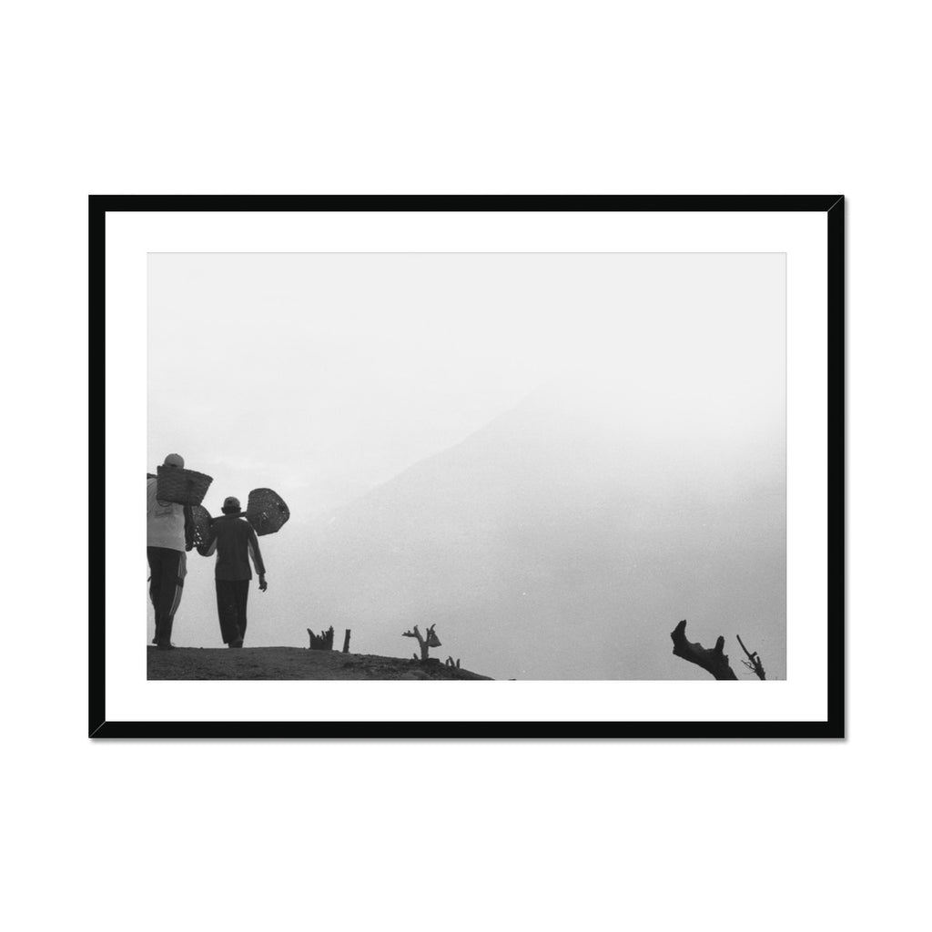 MOUNTAIN WORKER - Print to Wall