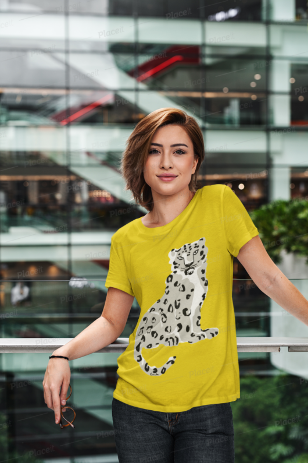 Endangered Himalayan Snow Leopard Short-Sleeve Men's and Women's T-Shirt
