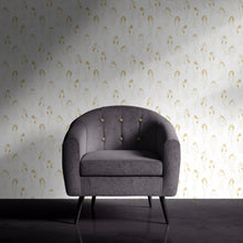 Femme Wallpaper by MaD Chair