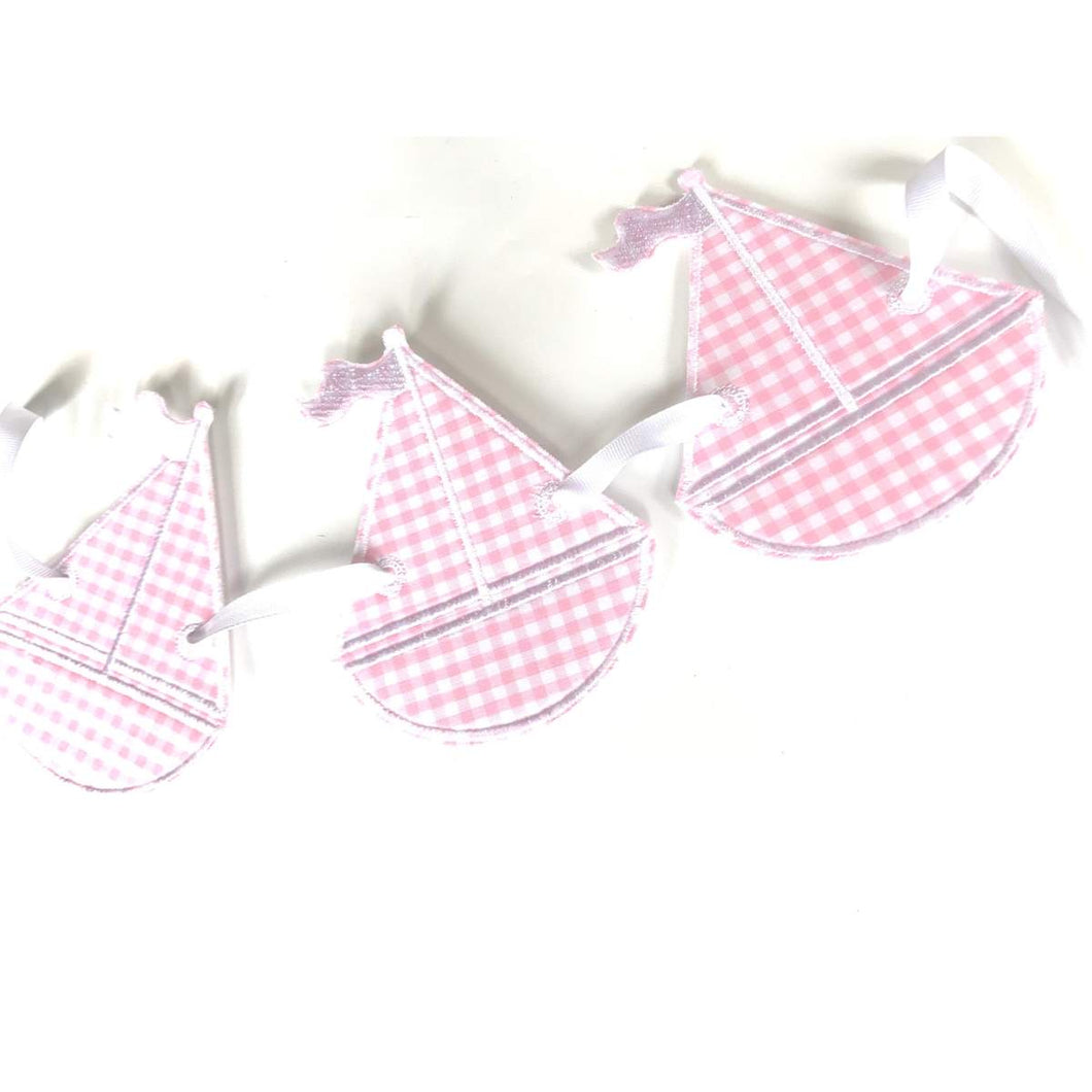 Preppy Sailboat Bunting, Pink
