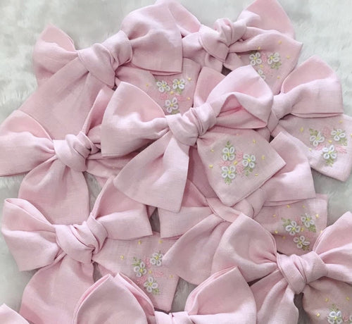 Medium Linen Bow- pink/blue