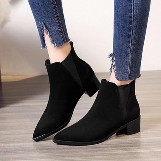 Pointed Toe Chelsea Boots Woman Short Ankle Botines Solid Leather Martin Botas Women Stretch Snow Motorcycle Booties Winter Shoe
