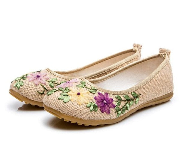 habazoo - Vintage Embroidered Women Flats Flower Slip On Cotton Fabric Linen Comfortable Old Peking Ballerina Flat Shoes - Habazoo -