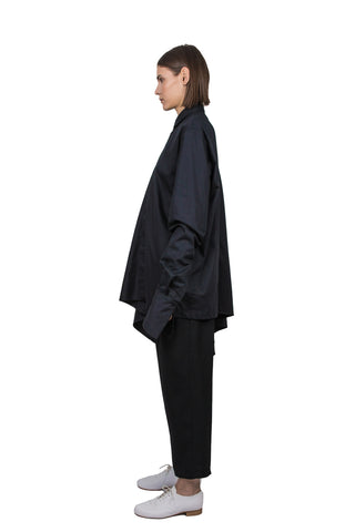 Black asymmetric circle shirt - Ludus Agender Label