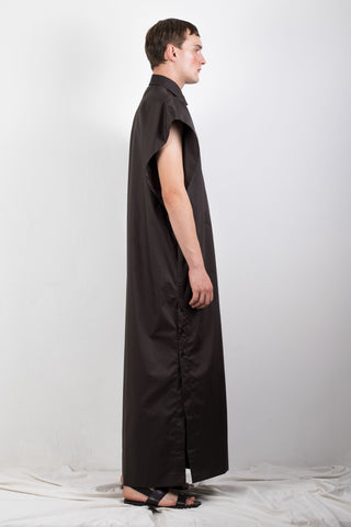 Black elongated sleeveless shirt