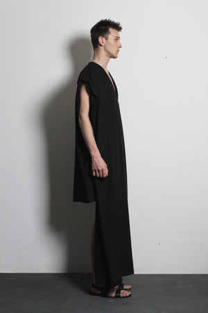 V-neck Black Flax Dress - Ludus Agender Label