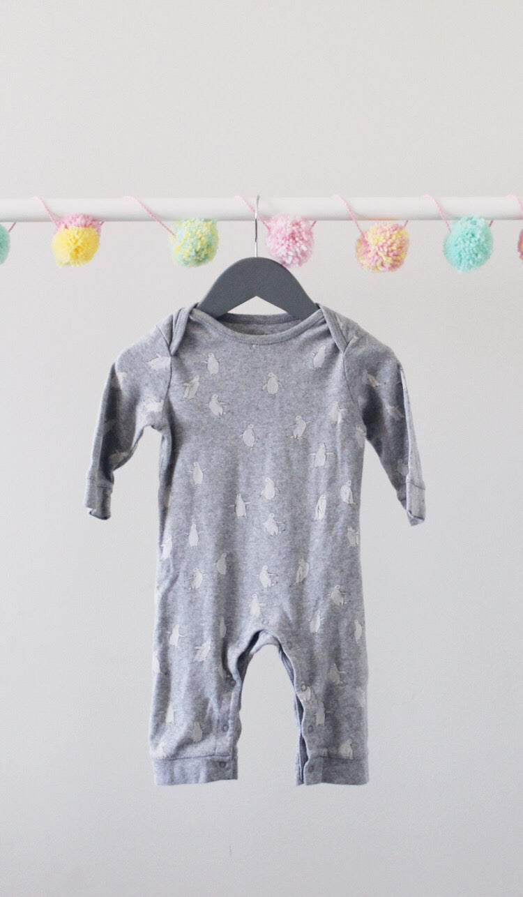 Old Navy One-Piece 6-12M