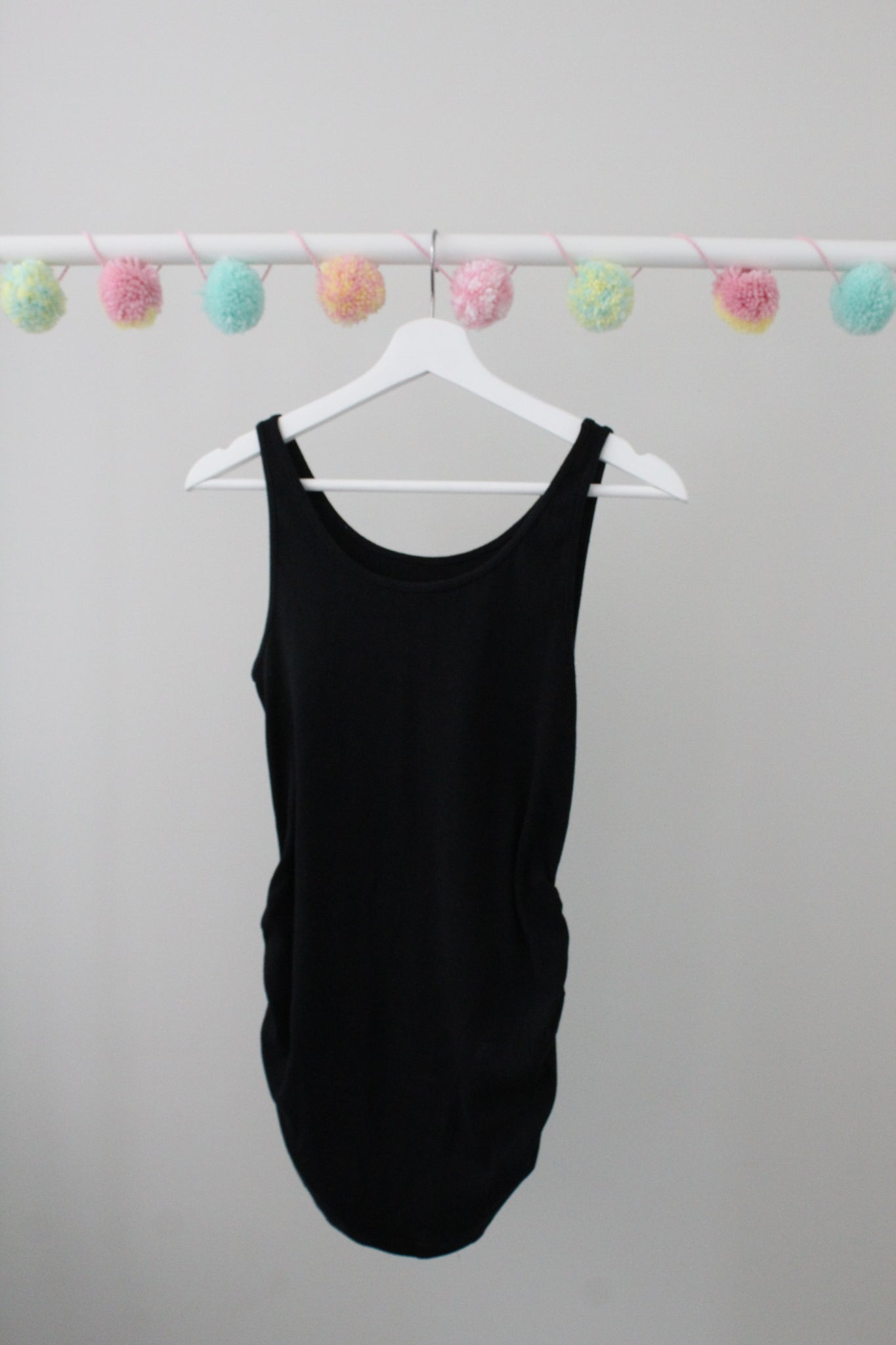 Old Navy Maternity Tank S