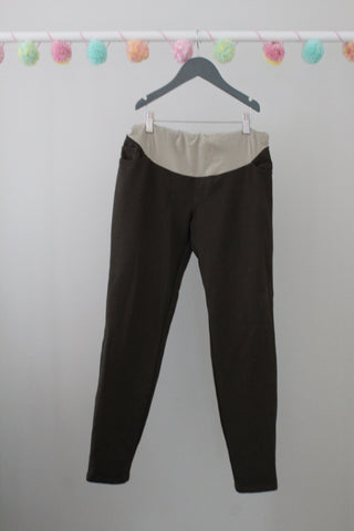 A Pea in the Pod Maternity Pants L