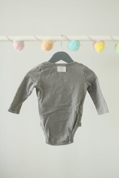 Baby Gap Bodysuit 6-12M