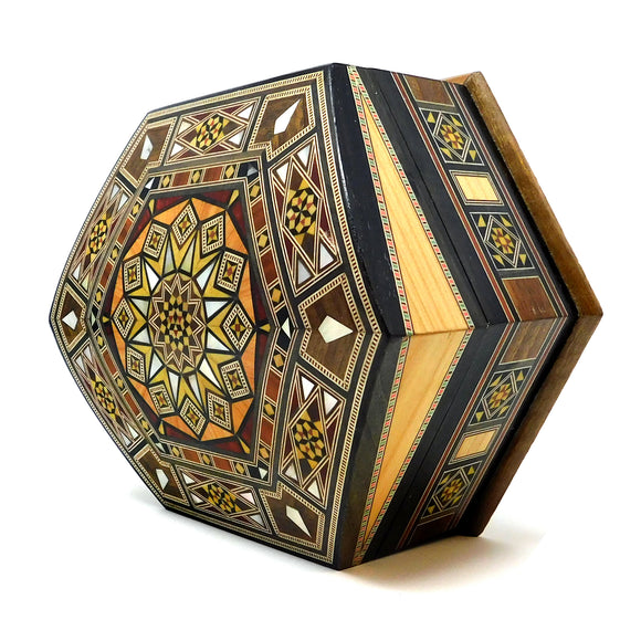 ~Mosaic & Mother Of Pearl Box with Domed Top~ {صندوق موزاييك مصدف بغطاء مقبب}