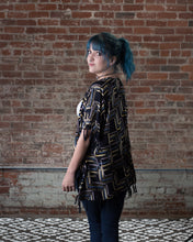 Load image into Gallery viewer, Geometric Print Kimono with Fringe