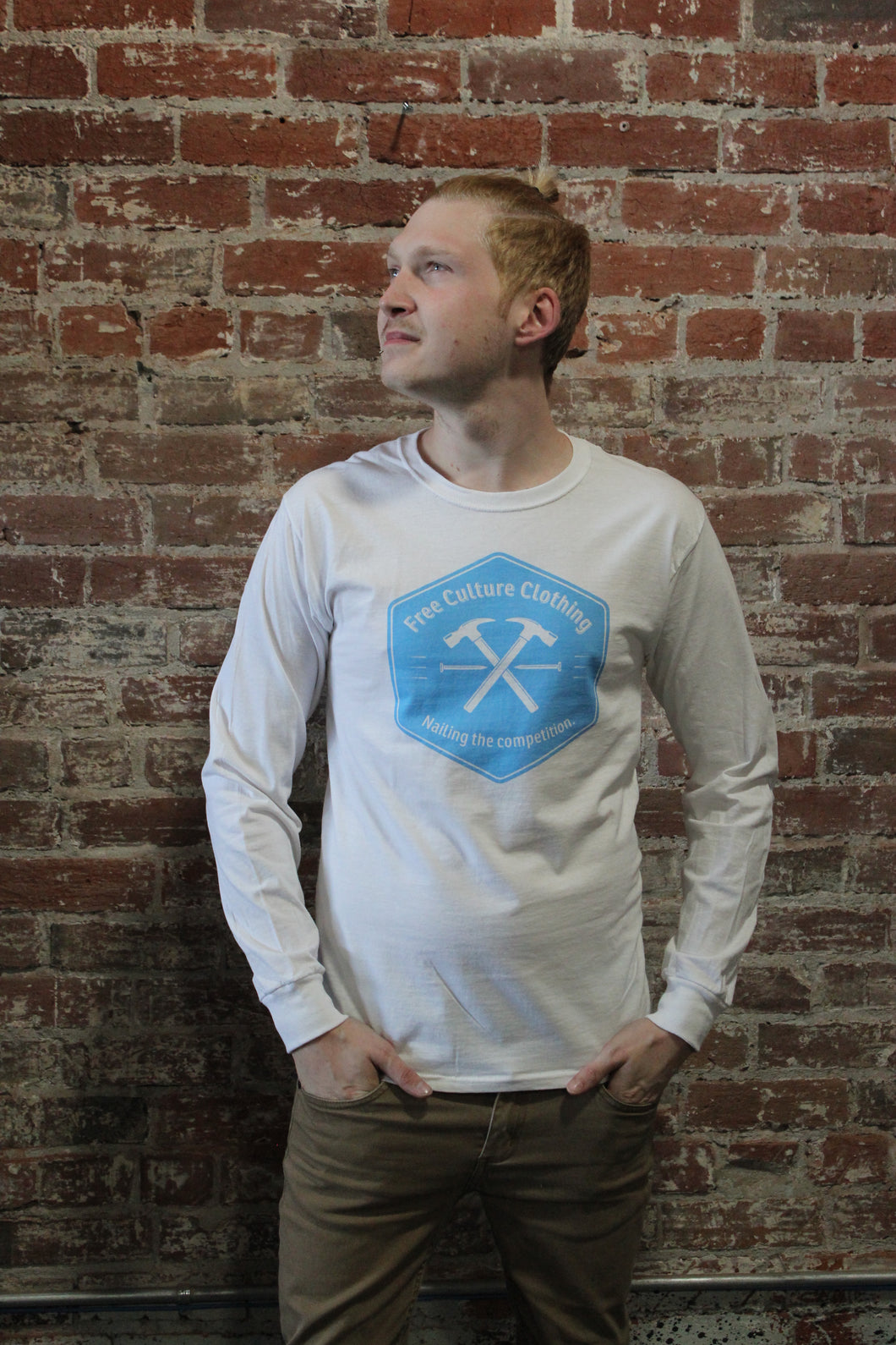 Free Culture Long Sleeve White/Blue Hammer