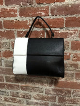 Load image into Gallery viewer, AR New York White & Black Leather Crossbody