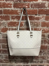 Load image into Gallery viewer, AR New York Diamond Pattern Studded Handbag
