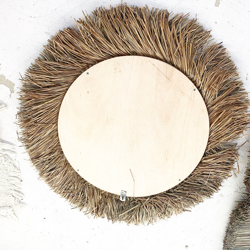 Amazing Natural Round Seagrass Rattan Art Mirror