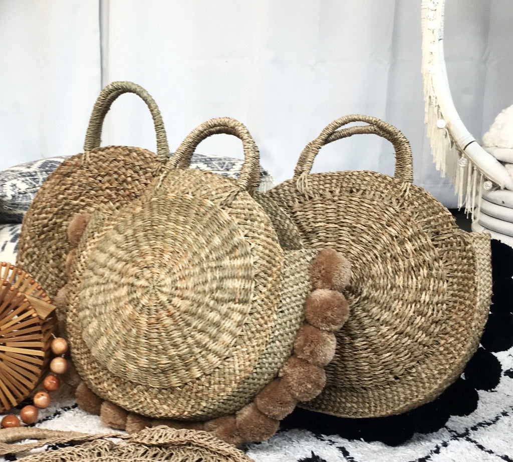 Round Natural Medong Tote w/ Black Poms