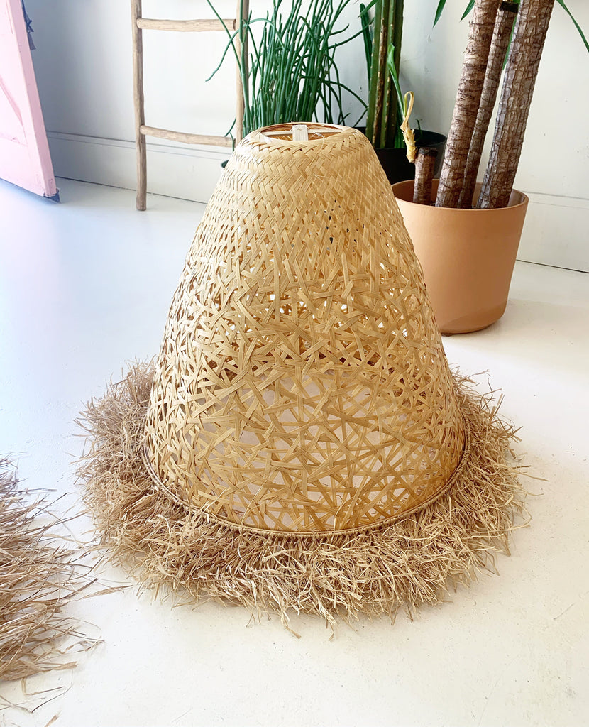 Lightweight Bamboo / Raffia Large Pendant Lamp Light - Natural Warm