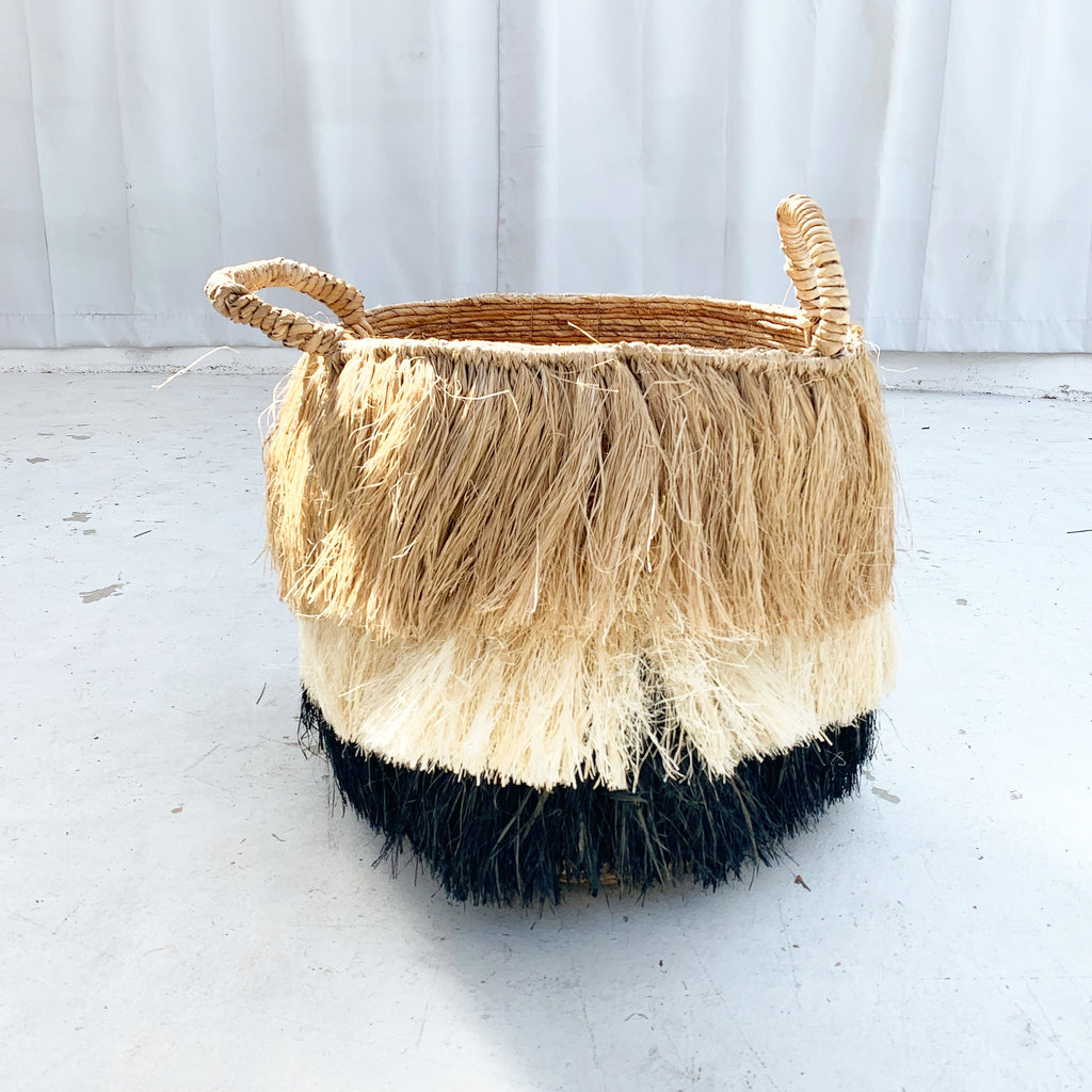 Raffia w/ Fringe Basket- Neutral / Black LG