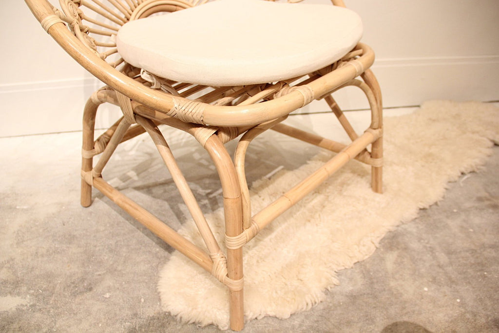 Ivy peacock Rattan Chair W/Cushion