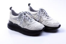"Laden Sie das Bild in den Galerie-Viewer, BINKS Sneaker Low Cut ""Remember"" White"