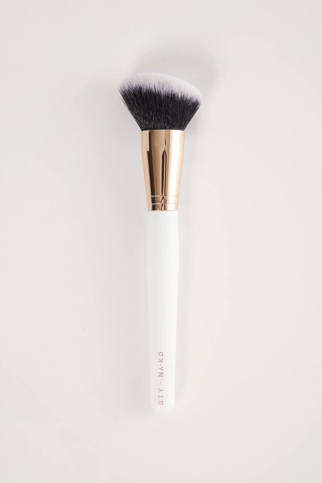 Contour Brush BTY by NA-KD, Weiß