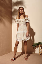 Laden Sie das Bild in den Galerie-Viewer, Sunshine Dress
