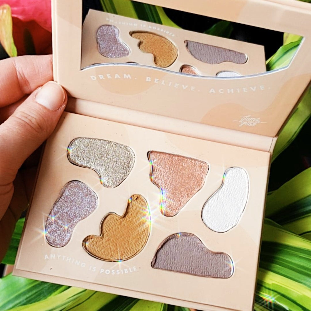 Day Dream Believer Eye Shadow Palette